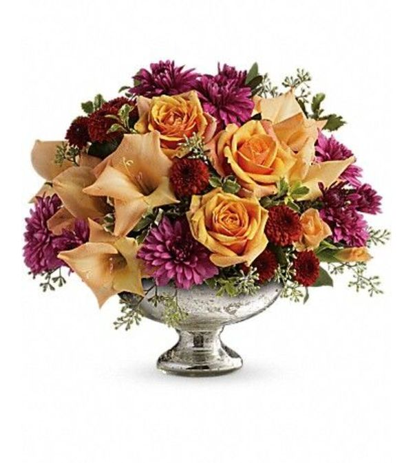 Elegant Traditions Centerpiece