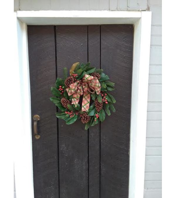 BEAUTIFUL CHRISTMAS WREATH (SILK)