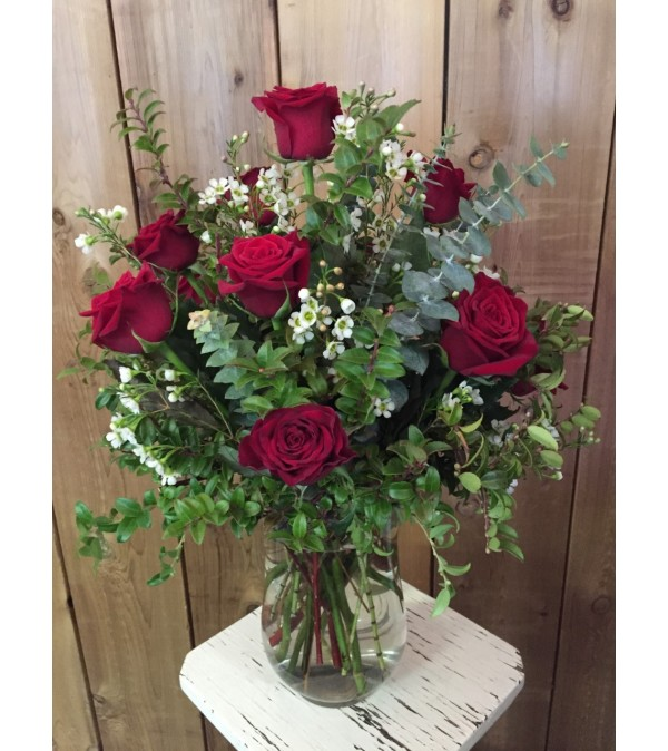12 Red Roses Arranged