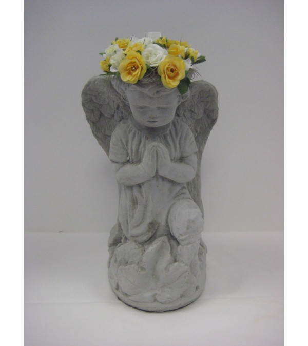 Wreath angel with a silk trimmed halo