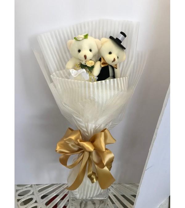 Lovely Couple Teddy Bear Bouquet