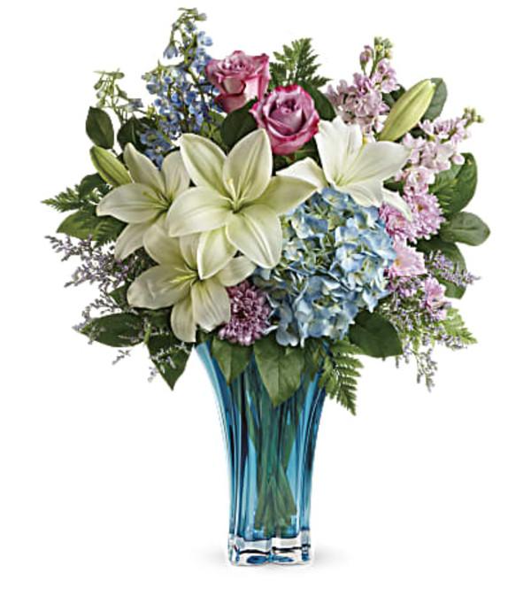 Telefloras Heart's Pirouette Bouquet