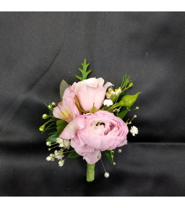 Pretty n Pink Boutonniere