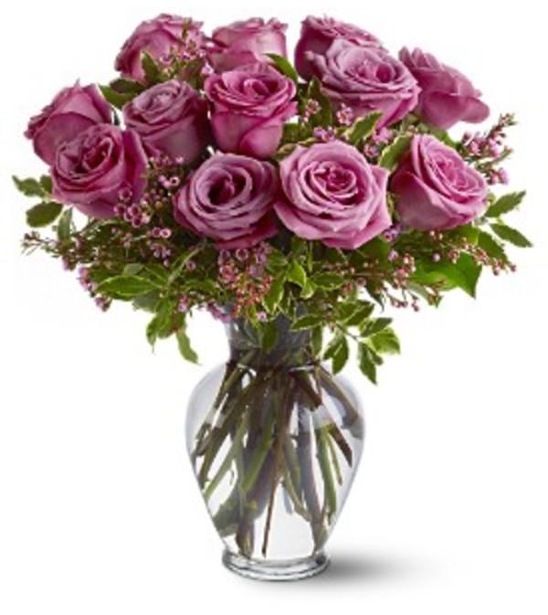Vase arrangement Lavender Roses