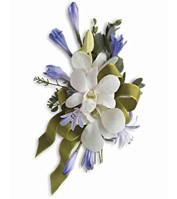 Elegant blue corsage