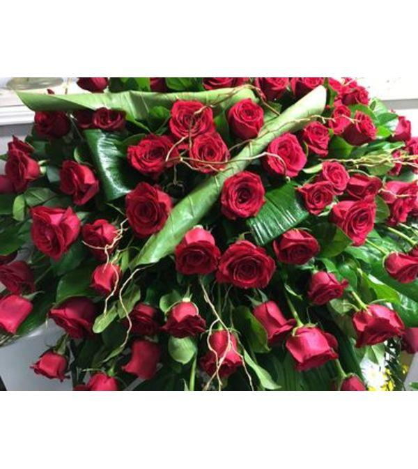 Red Rose  Spray