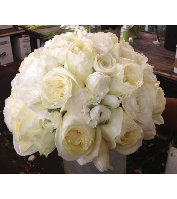 polo roses, white ranunculus bridal bouquet 2