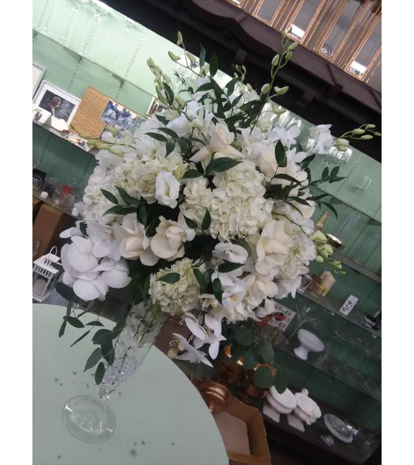 vendela roses, white hydrangea center piece26