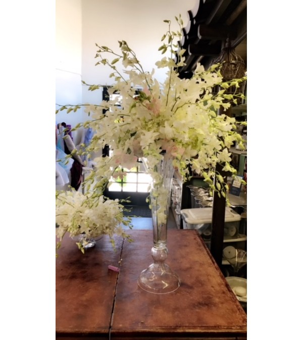 all white dendro with blush pink roses center piece 50