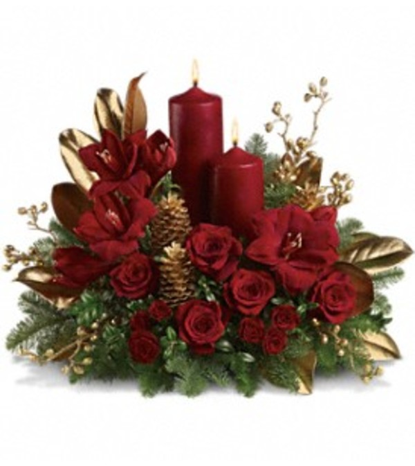 Candlelit Christmas Centerpiece