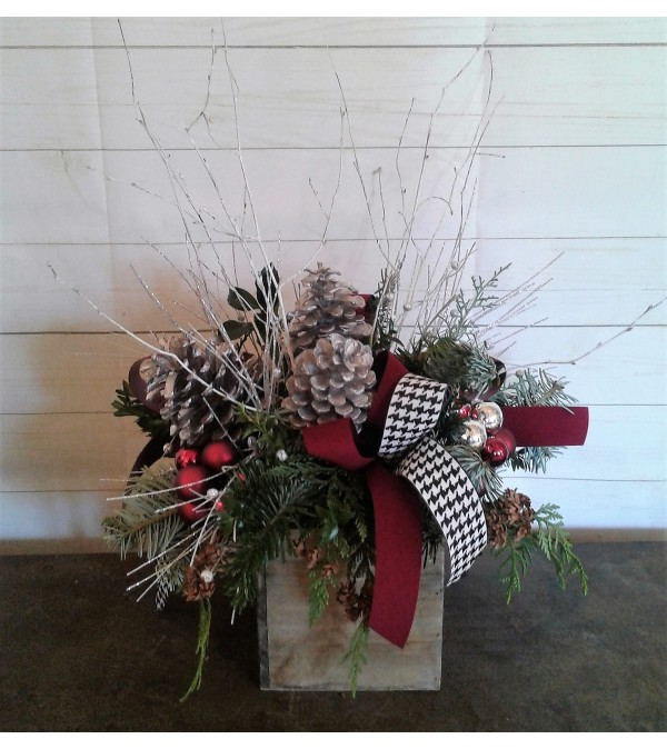 Houndstooth Holiday Box