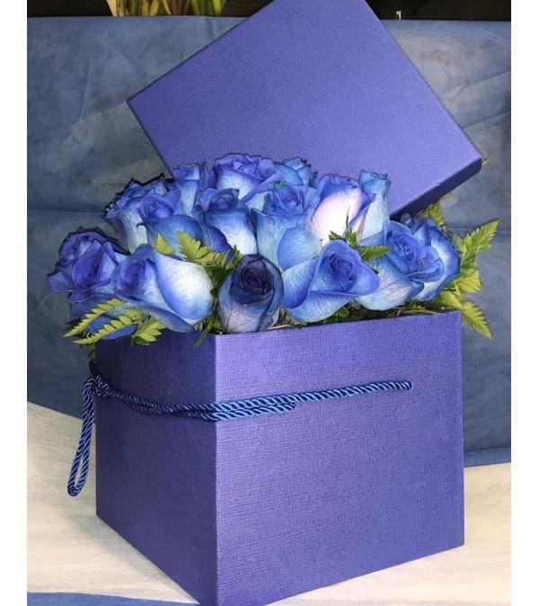 Blue Rose Box Bouquet