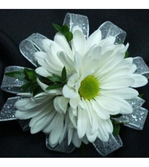 SIMPLE DAISY WRIST CORSAGE