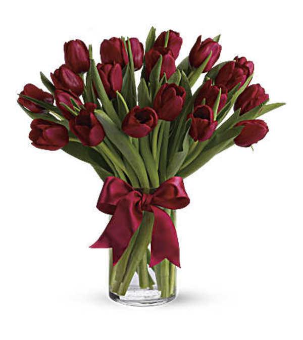 Radiant red tulips Bqt