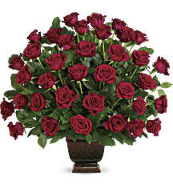 TRF224-1 Rose Tribute Bouquet
