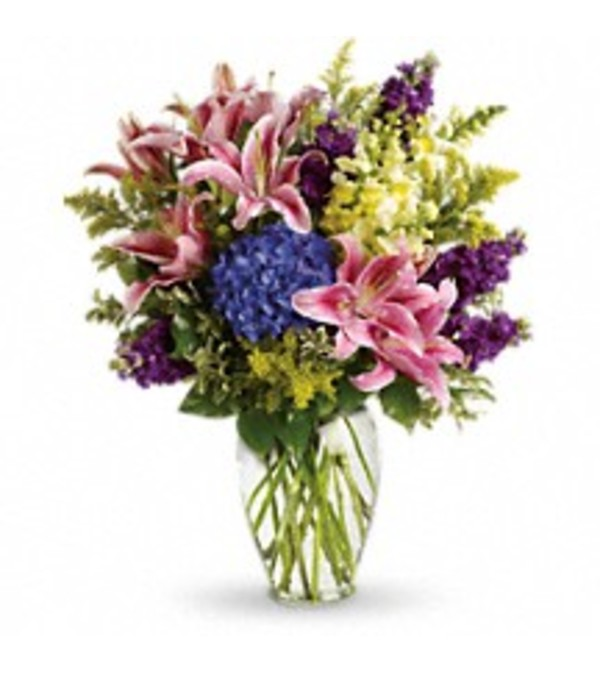 Teleflora's T267-1 Love Everlasting Bouquet