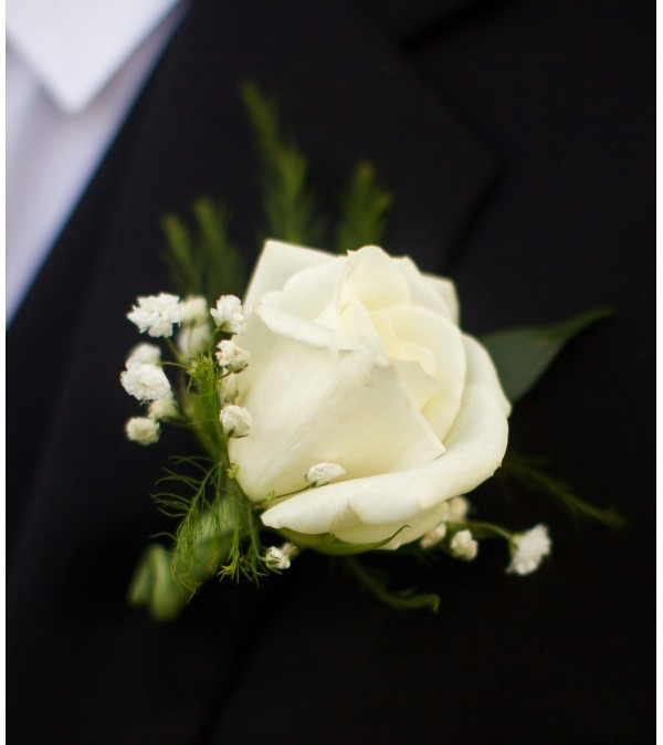 ROSE BOUTONNIERE TO MATCH. WITH BABIES BREATH