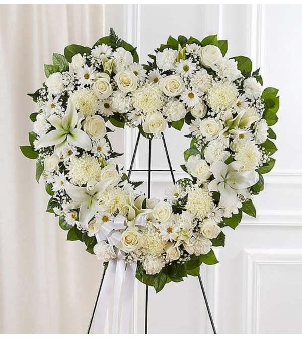 Open Heart Wreath-White Mix