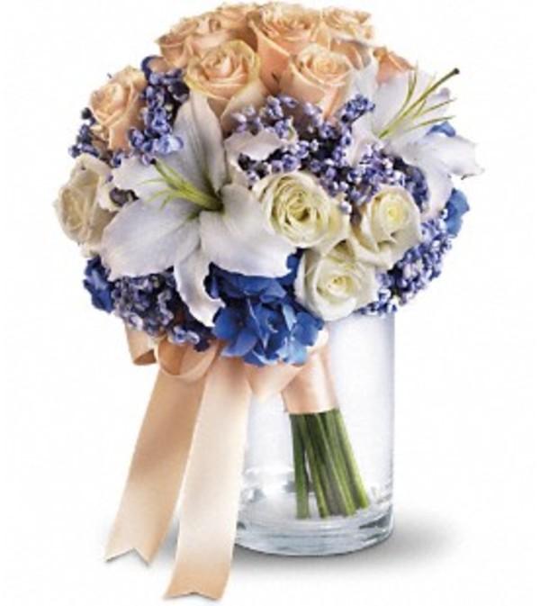 Nantucket Dreams Bouquet *PLEASE CALL TO ORDER*