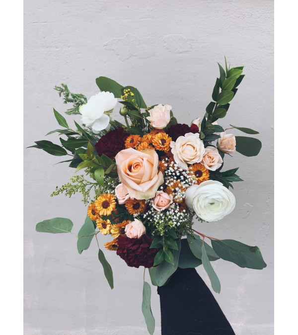 December Masterpiece: Alexandra Finkeldey Winter Bouquet