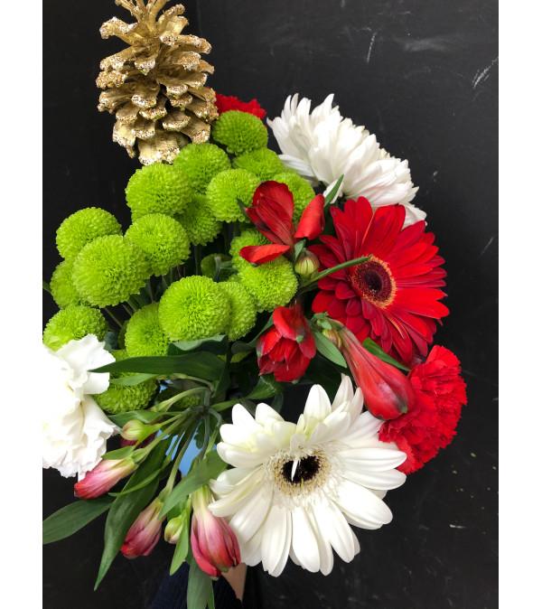 Seasonal Cut Bouquet