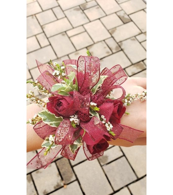 Rouge Love Corsage