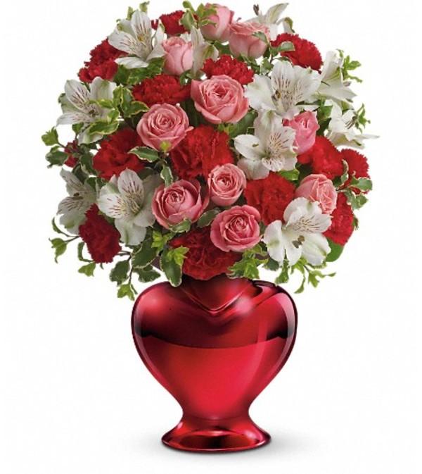 Teleflora's Love Shines Bright Bouquet
