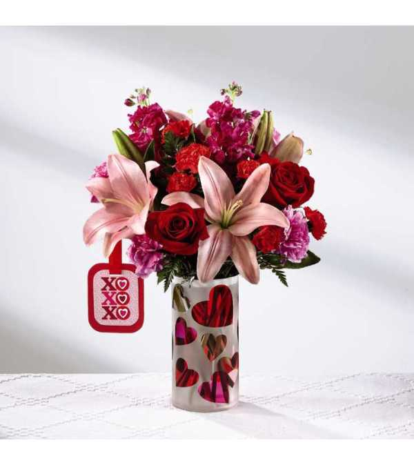 The FTD® Love You XO™ Bouquet by Hallmark