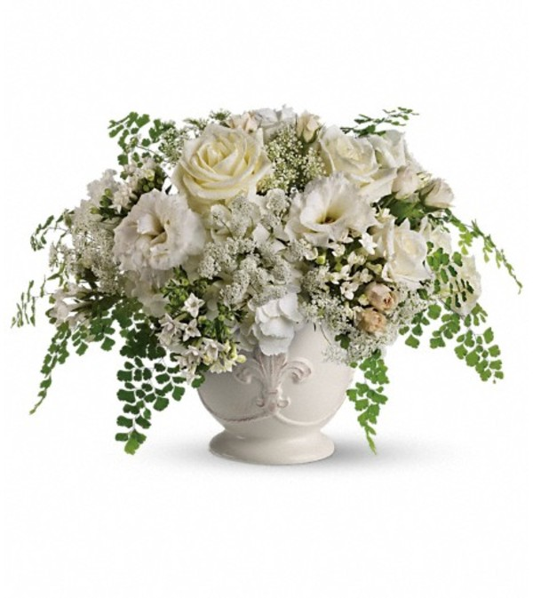 Teleflora's Napa Valley Centerpiece