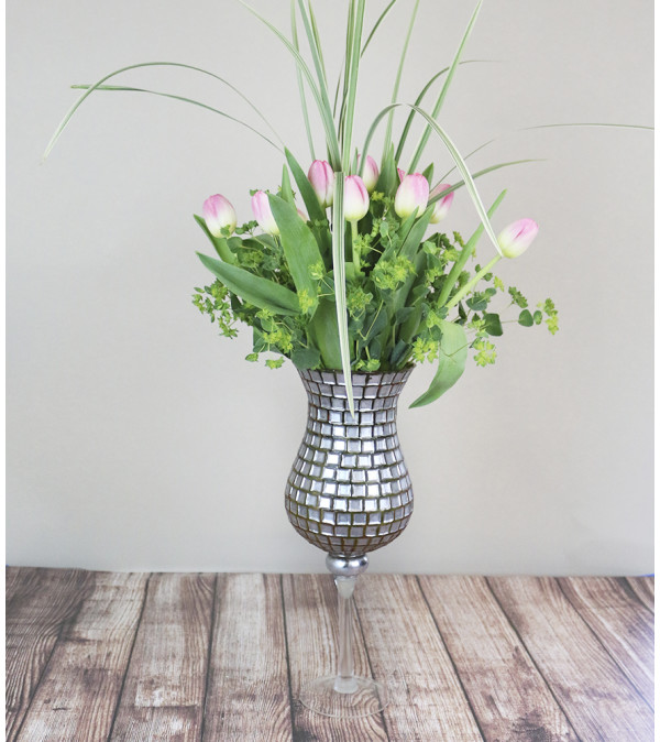 Single Mosaic Tulip Arrangement