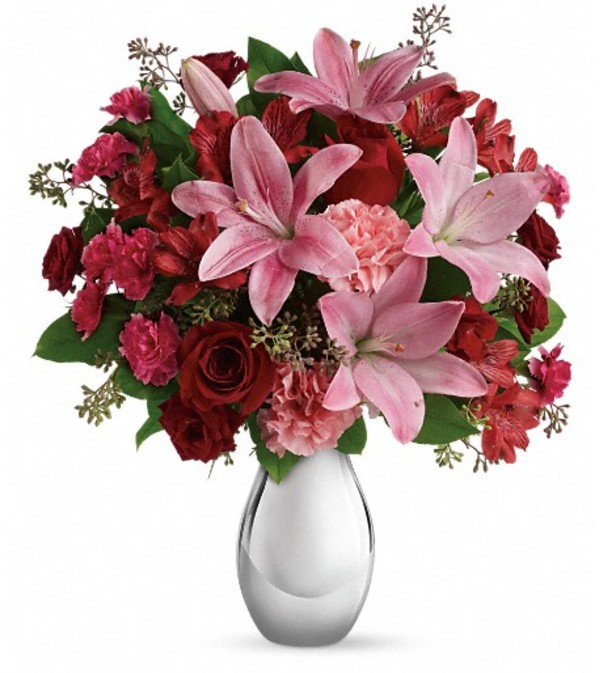 Teleflora's Moonlight Kiss Bouquet