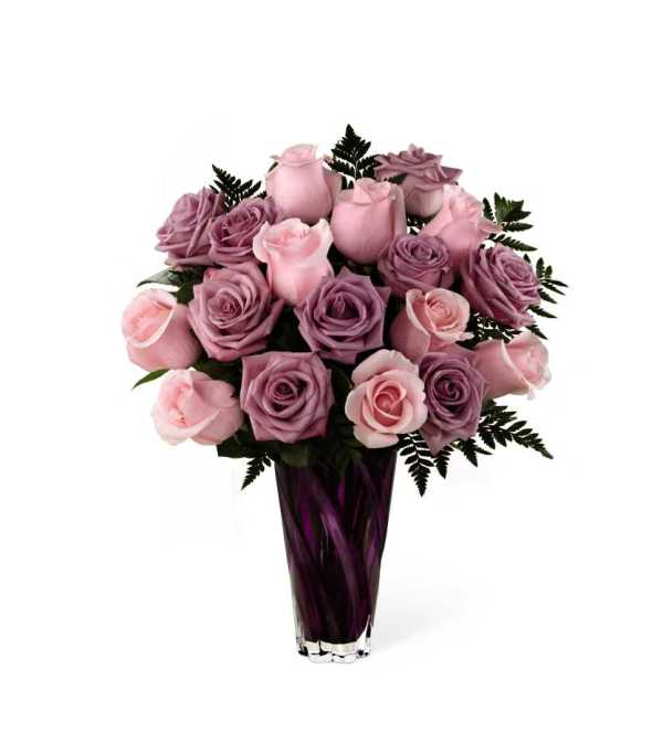 The FTD® Royal Treatment™ Rose Bouquet 2015