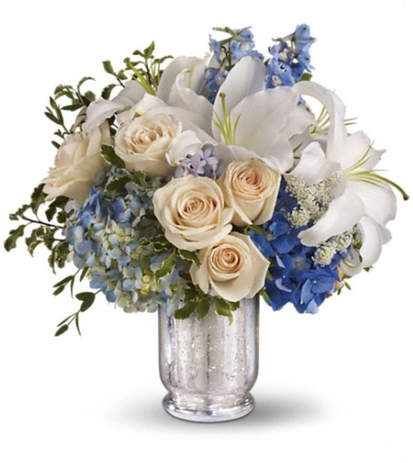 Teleflora's Seaside Centerpiece