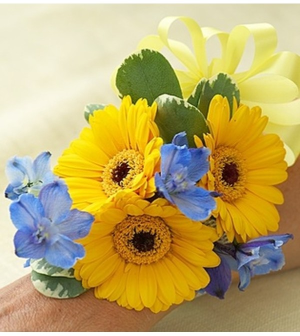 Country Wedding Corsage - Mini Gerbera