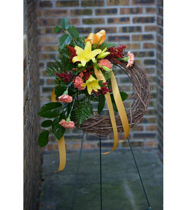 Grapevine Standing Wreath