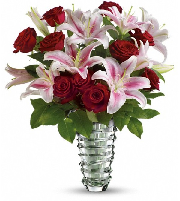 Teleflora's Melt My Heart Long Stemmed