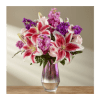 The Shimmering Lillies Bouquet deluxe