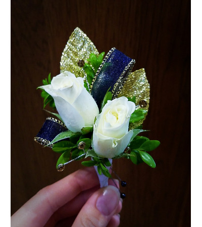 Evening Gem Boutonniere
