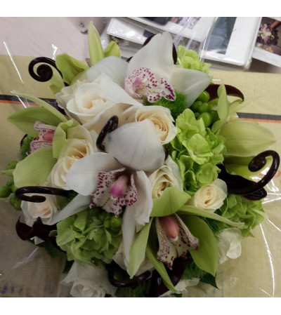 green and white cymbidium bridal bouquet3