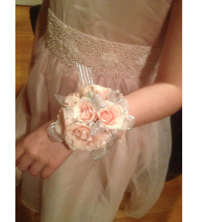 ROSE WRIST CORSAGE FOR DADDY DANCE