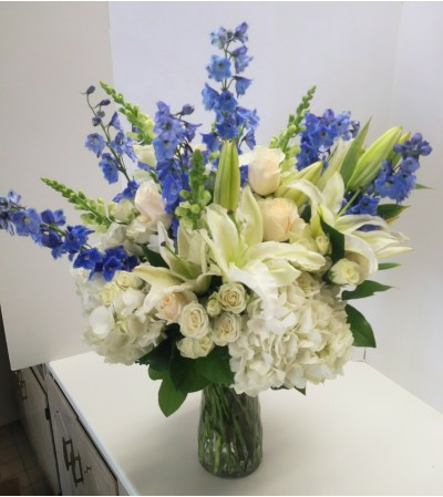Blooms in White and Blue