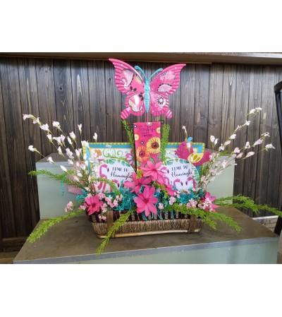 "Garden Basket ""Flamingle"" Friends"