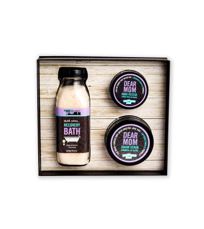 The Dear Mom Gift Set by Waltonwood Farms
