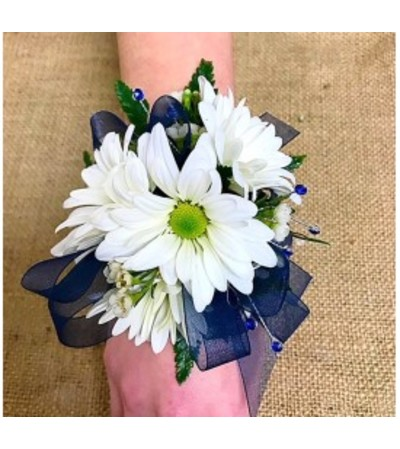 Deluxe Daisy & Navy Wristlet