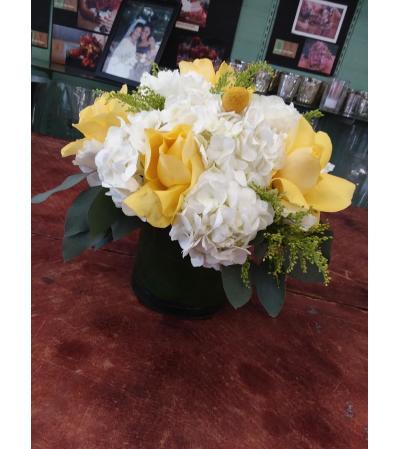 friendship vase  arrangement
