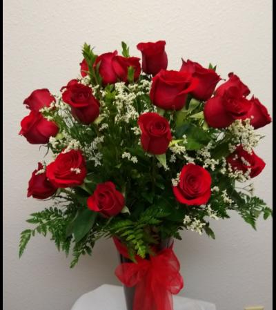 Flowerama 18 Red Rose Vase