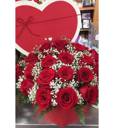 Red Heart Rose Bouquet