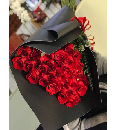 Red & Black Rosas Roses