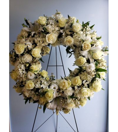 BELDEN'S REMEMBRANCE WREATH