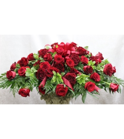 Red Rose Grandeur Casket Cover
